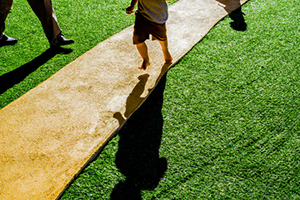 Are You Aware of the Drawbacks of Artificial Turf?